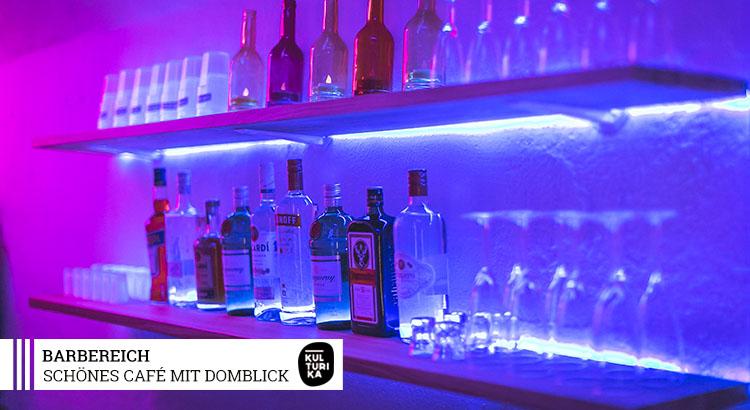 Eventlocation-Koeln-Partyraum-mieten-mit-Domblick-für-Selbstversorger-Barbereich-3