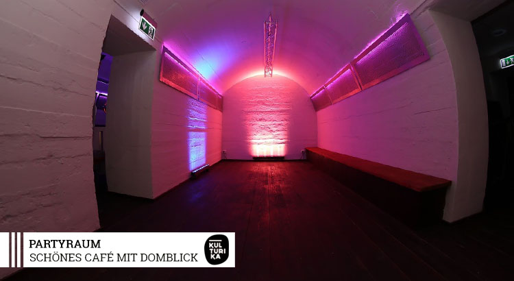 Eventlocation-Koeln-Partyraum-mieten-mit-Domblick-für Selbstversorger-Dancefloor-3