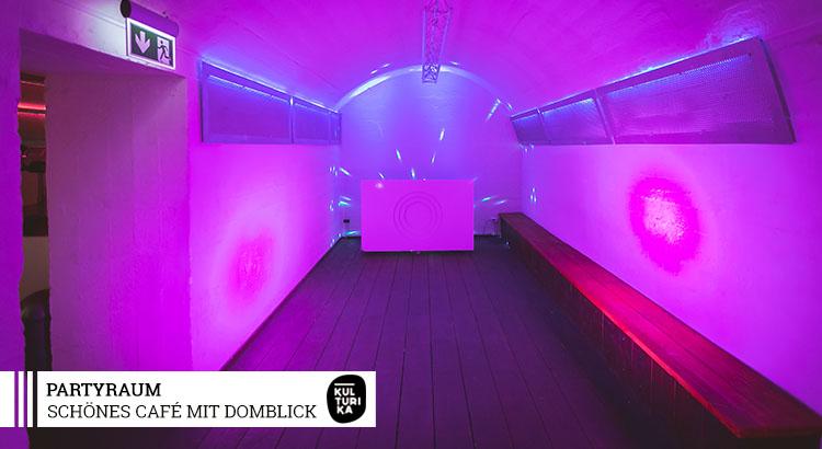 Eventlocation-Koeln-Partyraum-mieten-mit-Domblick-für Selbstversorger-Dancefloor