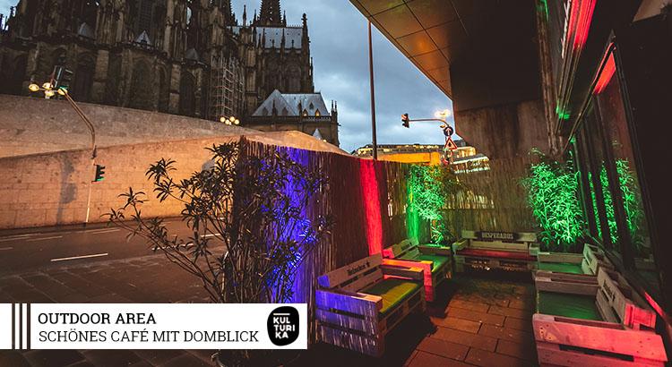 Eventlocation-Koeln-Partyraum-mit-Domblick-für Selbstversorger-Outdoor-Area