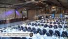 Eventlocation Köln - Industrieloft mit Clubfeeling mit Bankettbestuhlung mieten